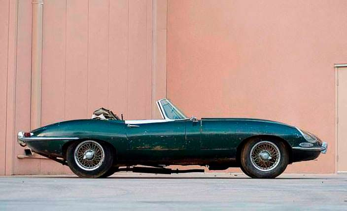 Проржавевший Jaguar E-Type Roadster 1963 года