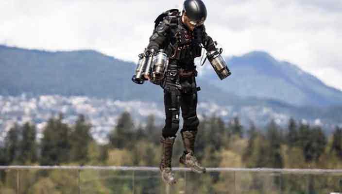 Британец создал летательный костюм Железного Человека | видео