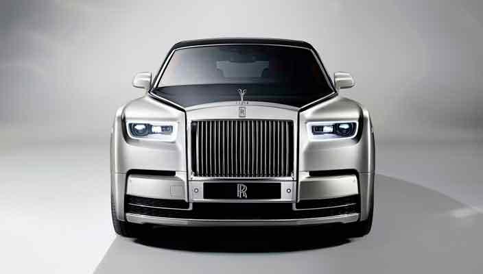 Rolls-Royce выкатил новый лимузин Phantom 2018 | фото, цена