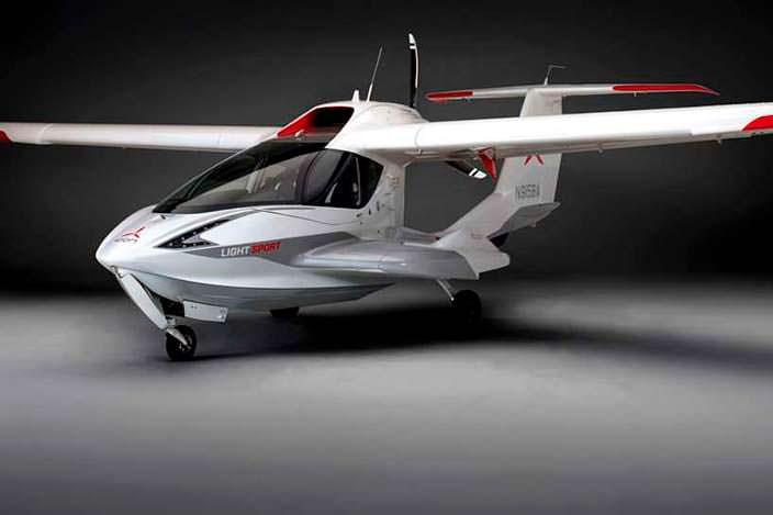 Частный двухместный самолет ICON A5