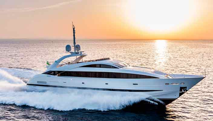 ISA Yachts запускает новую яхту Clorinda | фото, видео