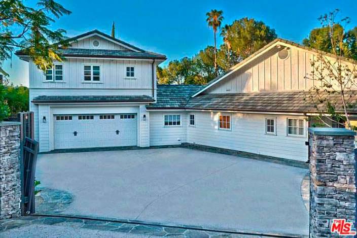 Дом Игги Азалии в Калифорнии