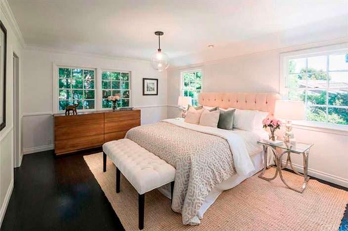 Чёрно-белый дизайн спальни