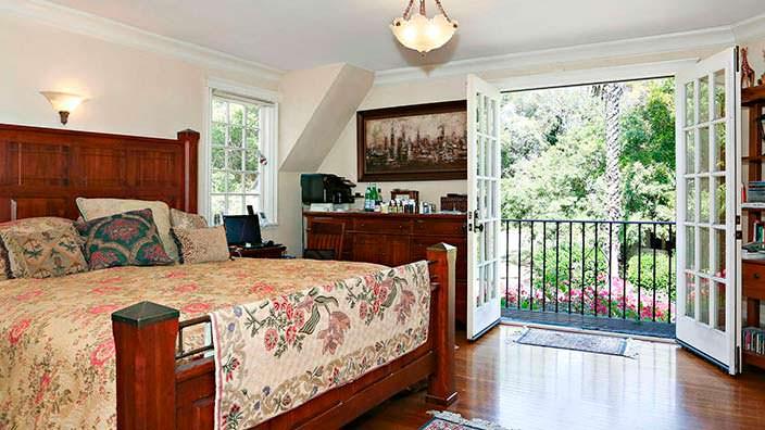 Спальня в классическом английском стиле