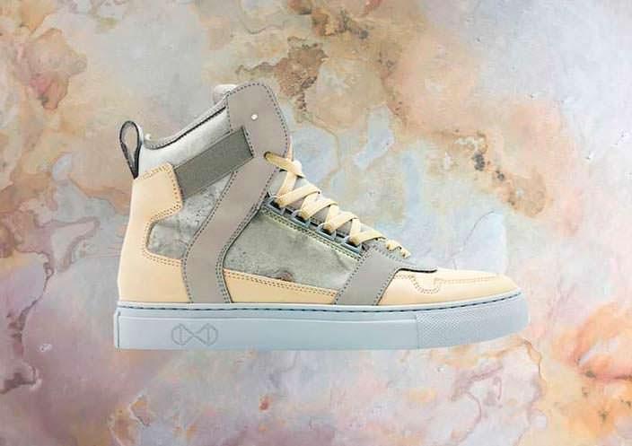Первые в мире кроссовки из камня Roxxlyn и Nat-2