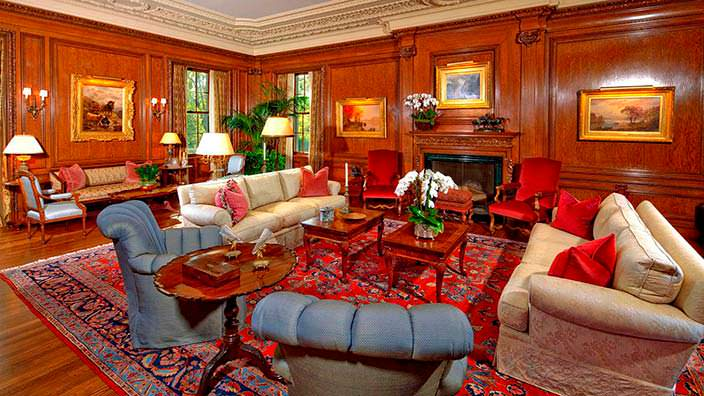 Дом в тосканском стиле Owlwood Estate за $180 млн