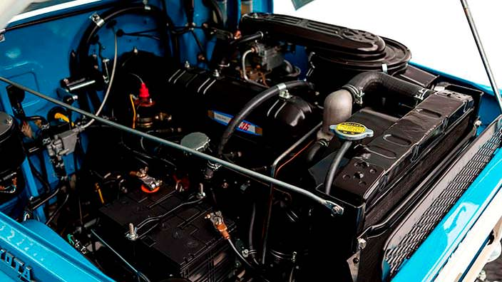 Восстановленный двигатель Toyota Land Cruiser FJ45LV 1967 г.