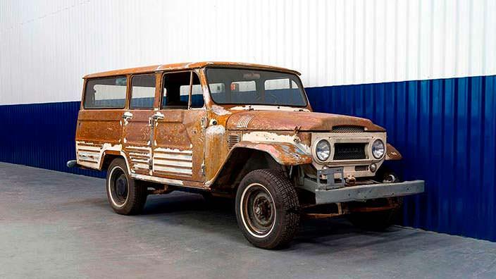 Ржавая Toyota Land Cruiser FJ45LV до реставрации