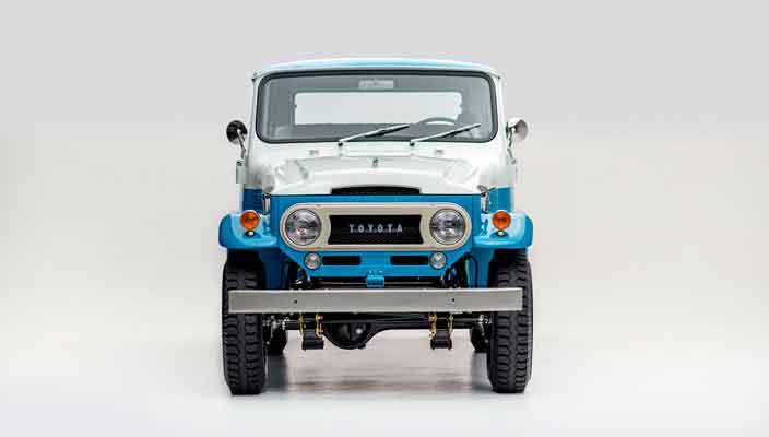 Второй шанс на жизнь Toyota Land Cruiser FJ45LV 170 1967 года