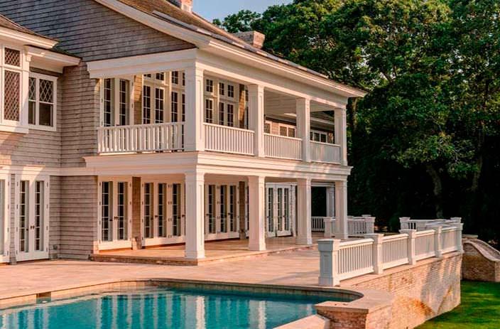 100-летний дом у озера на Лонг-Айленде