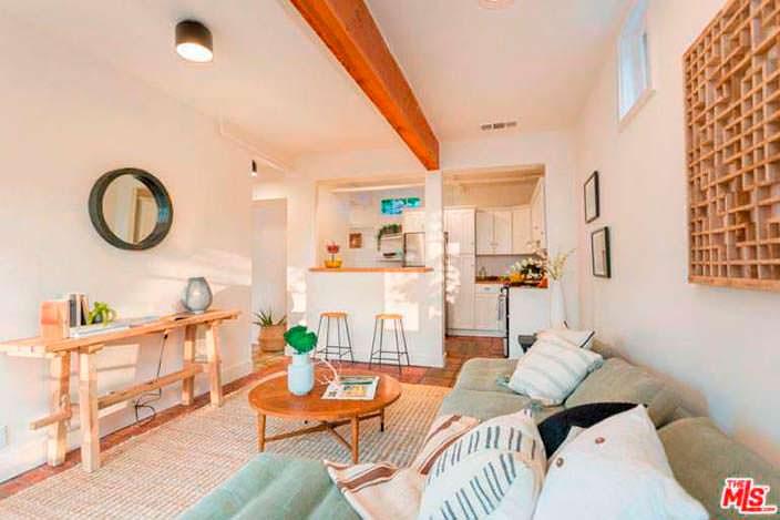 Деревенский дизайн гостиной