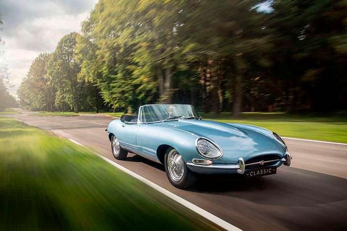 Классический электрокар Jaguar E-Type Zero