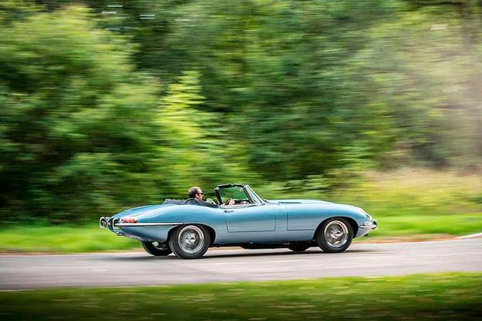 Электрический спорткар Jaguar E-Type Zero