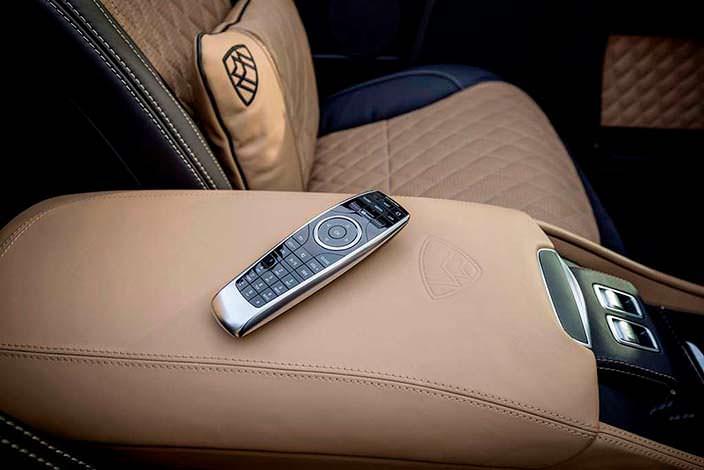 Пульт мультимедийной системы Mercedes-Maybach G650 Landaulet