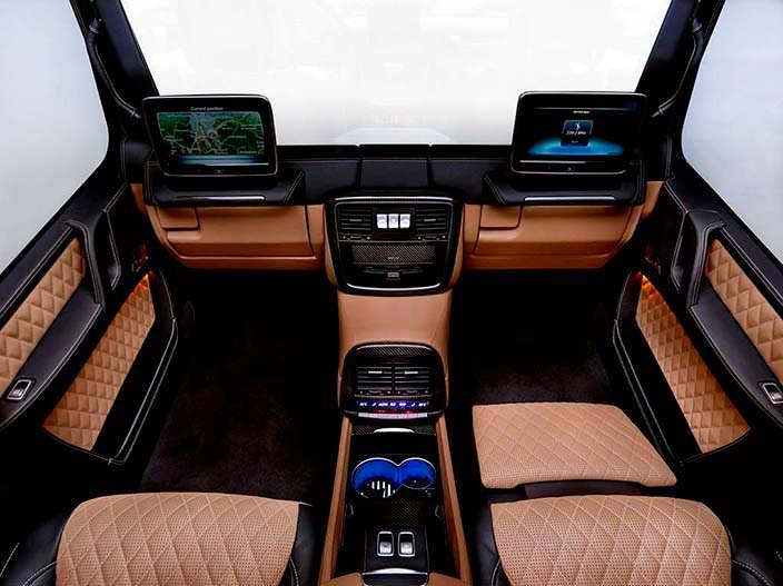 Шикарный интерьер Mercedes-Maybach G650 Landaulet