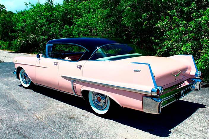 Розовый Cadillac 1957 года Элвиса Пресли