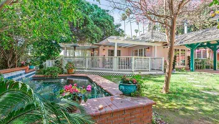 В Глендейле продан дом создателя Зорро | фото и цена