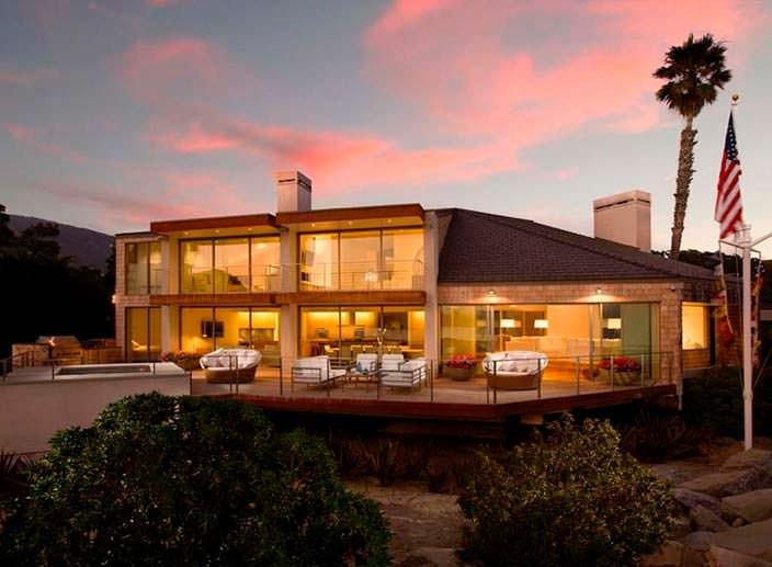 Пляжный дом у Тихого океана актрисы Эллен Дедженерес