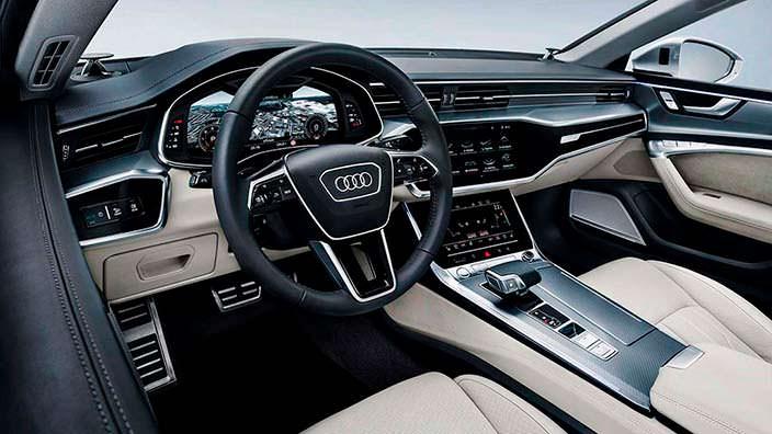 Салон Audi A7 второго поколения
