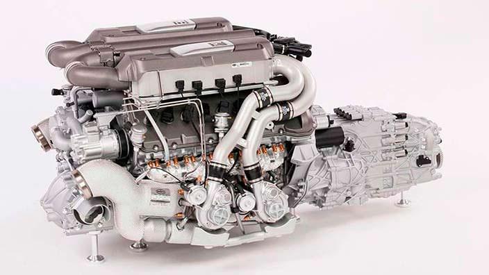 Сувенир-двигатель Bugatti Chiron в масштабе 1:4