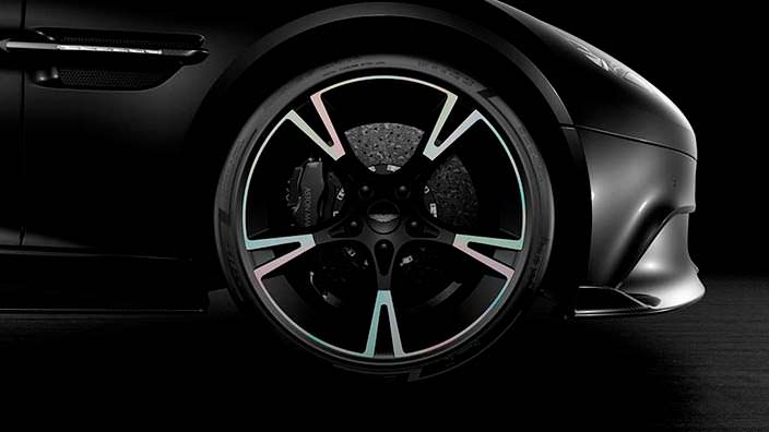 Пятиспицевые колеса Aston Martin Vanquish S Ultimate Edition