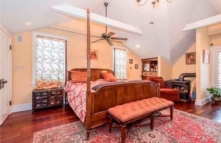 Спальня в доме 1920-х годов в Бруклине