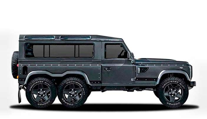 Шестиколесный Land Rover Defender Flying Huntsman 6x6
