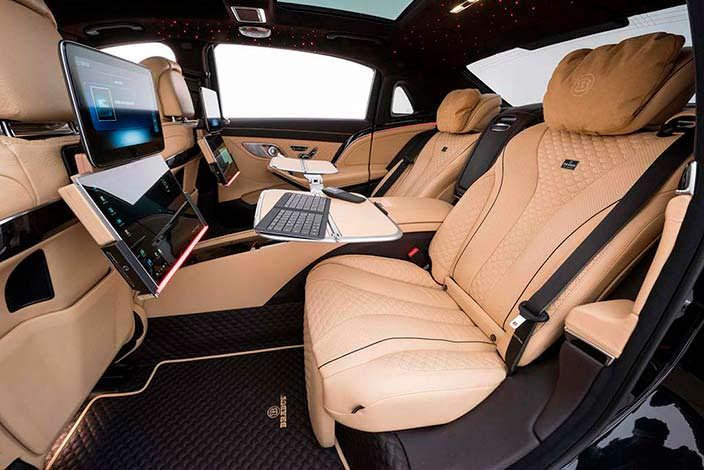 Бежевая кожа в салоне Mercedes-Maybach S650 от Brabus