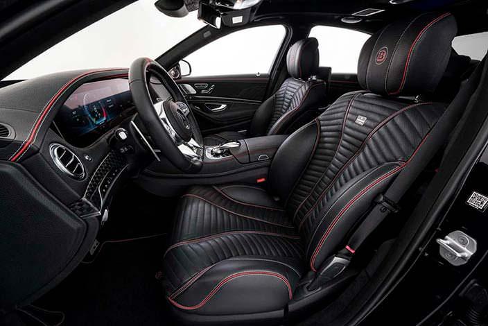 Чёрная кожа в салоне Mercedes-Maybach S650 от Brabus