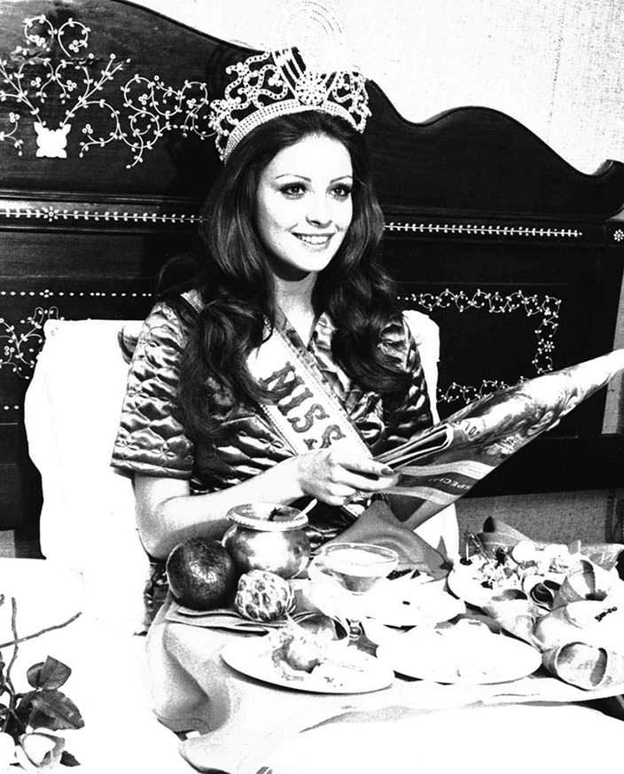 Ампаро Муньос - Мисс Вселенная 1974