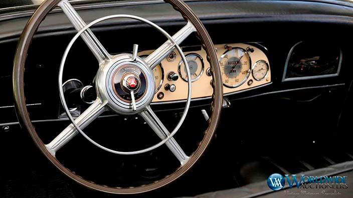 Руль Mercedes-Benz 770K Grosser Offener Turenwagen