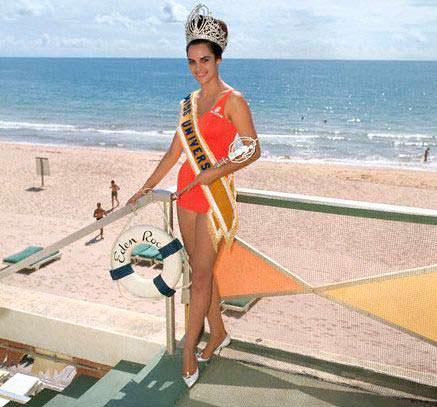 Коринна Тсопей - Мисс Греция 1964