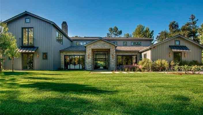 Крис Дженнер купила новый дом в Хидден-Хилс | фото и цена