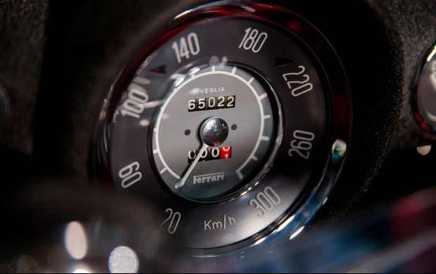 Спидометр и одометр Ferrari 250 GT Series I Cabriolet