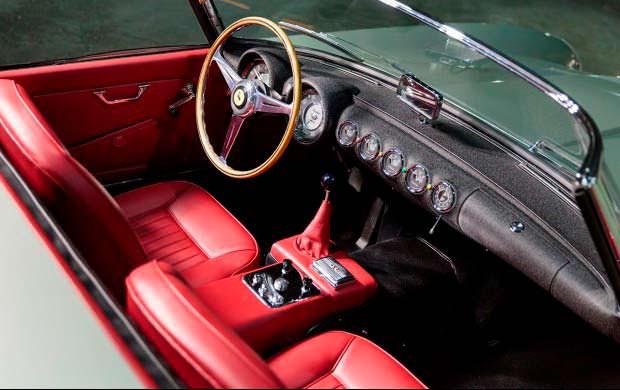 Фото салона Ferrari 250 GT Series I Cabriolet