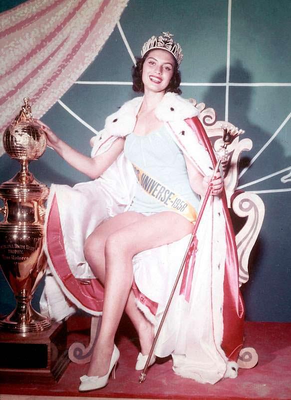 Гладис Сендер - Мисс Вселенная 1957