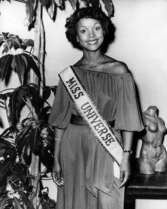 Джанель Комиссионг - Мисс Вселенная из Тринидад и Тобаго
