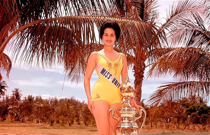 Линда Бемент победительница «Мисс Вселенная» 1960 года