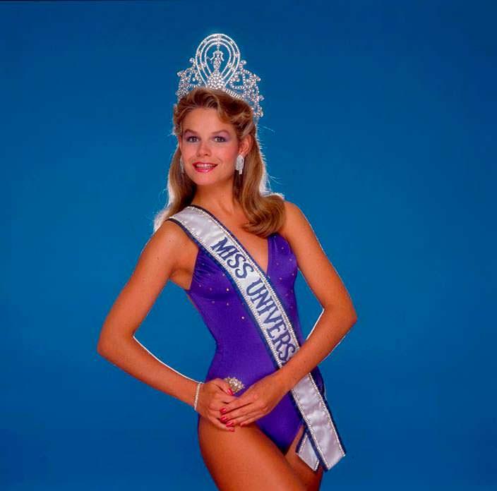 Фото | Мисс Вселенная 1983 в купальнике