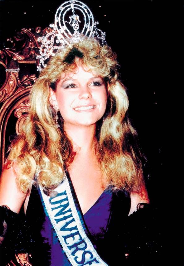Лорейн Даунс - Мисс Вселенная 1983