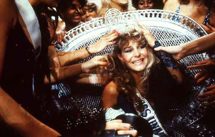Лорейн Даунс - 32-я Мисс Вселенная