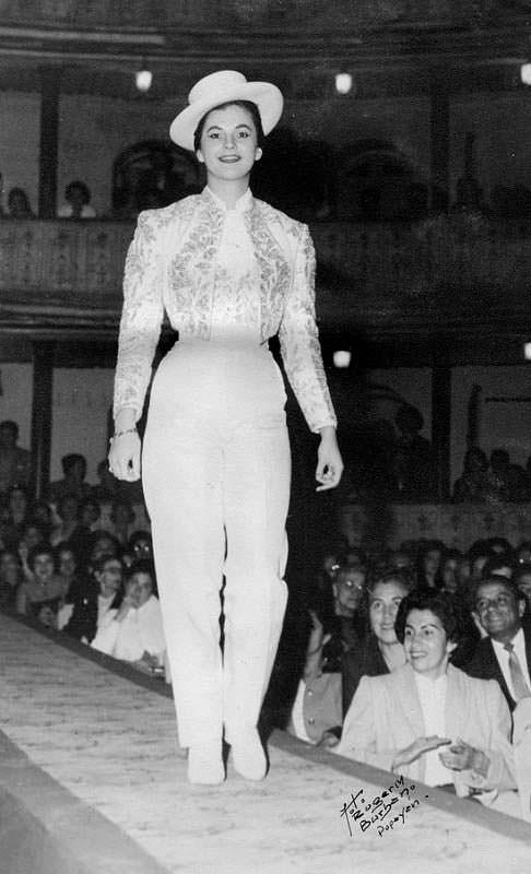 Модель Лус Марина Сулуага на показе мод