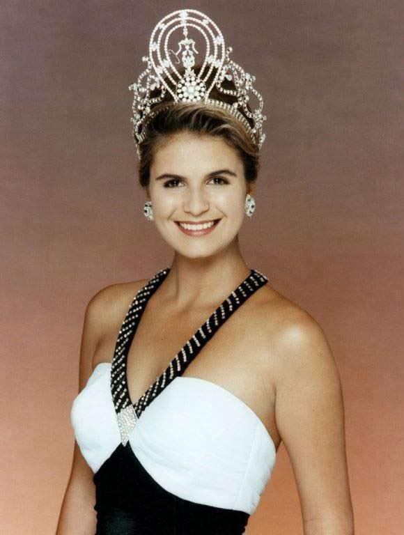 Мишель МакЛин - Мисс Вселенная 1992