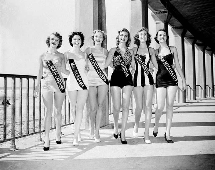 Мириам Стивенсон Мисс Южная Калифорния 1954 года