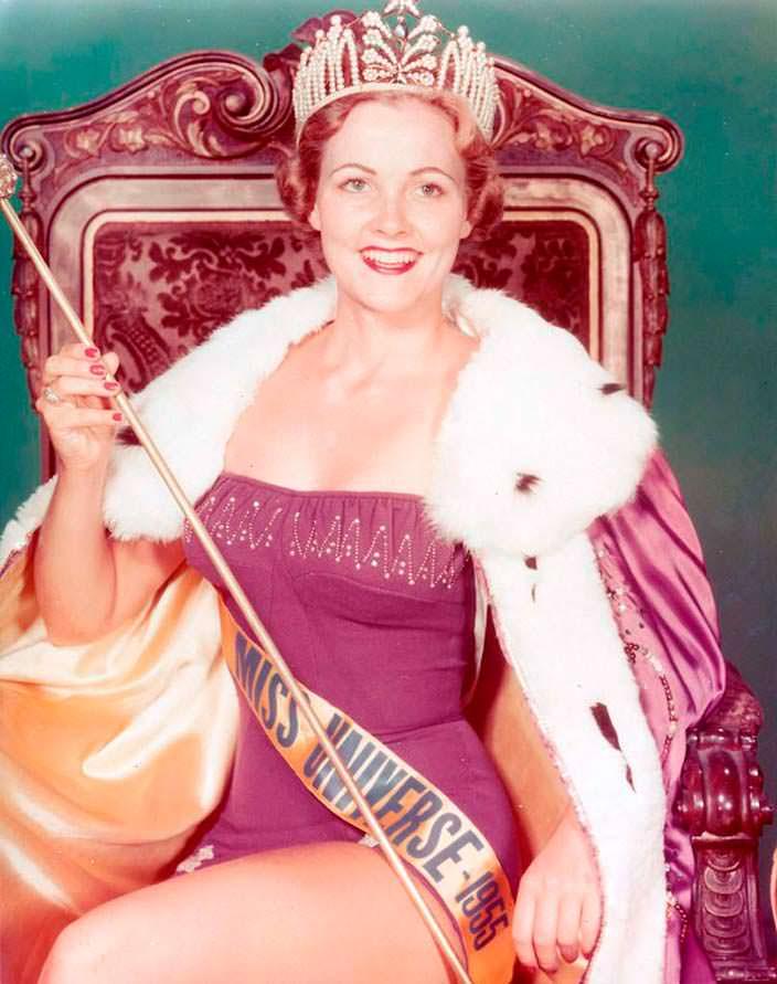 Мисс Вселенная 1954 года