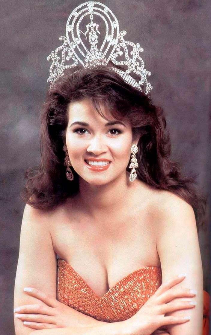 Порнтип Накирунканок - 37-я Мисс Вселенная