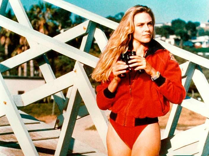 Шон Уэзерли - актриса из «Спасатели Малибу» в купальнике