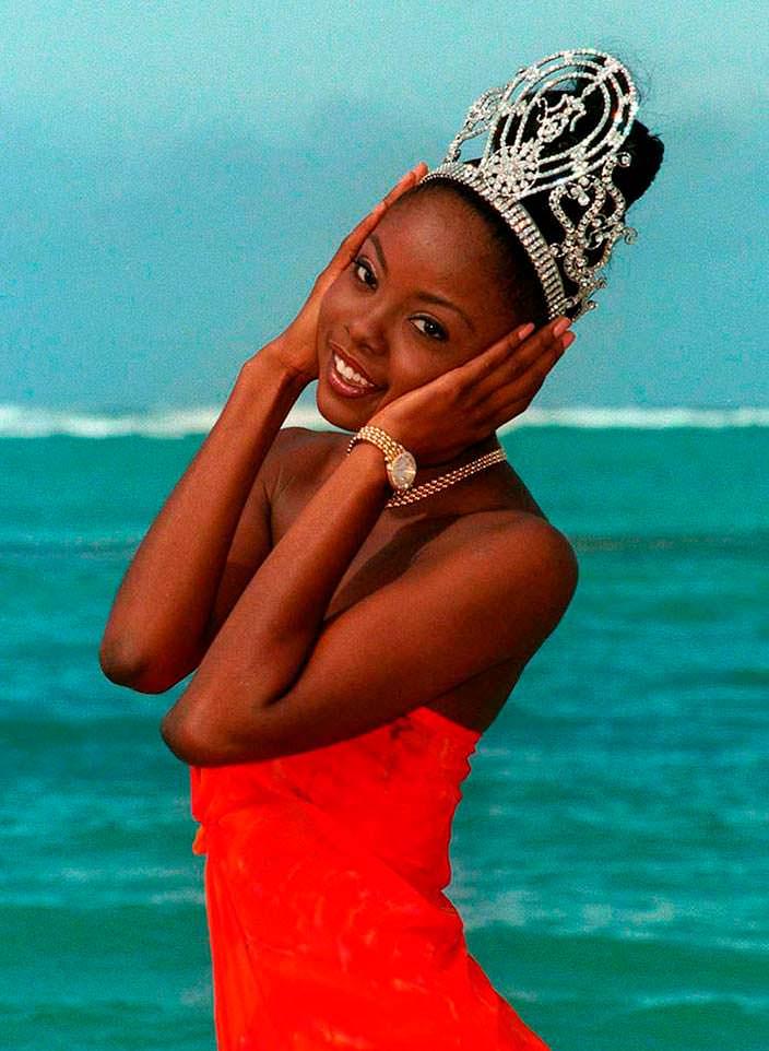 Венди Фитцвилльям - Мисс Вселенная 1998