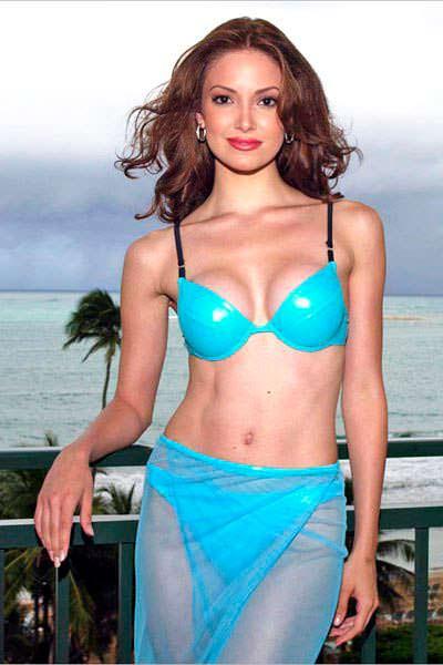 Фото | Мисс Вселенная 2001 в купальнике