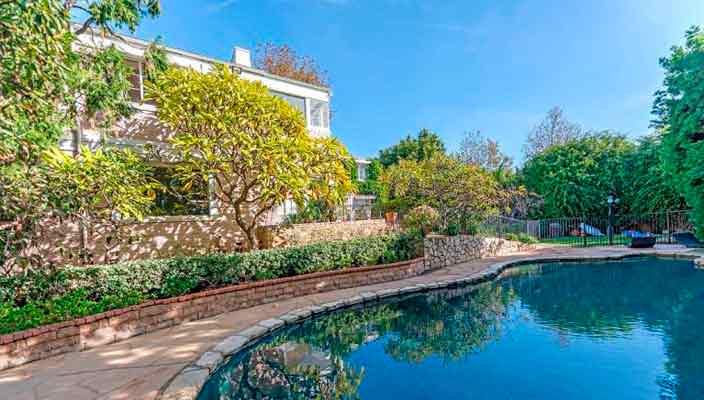 Актриса Вупи Голдберг продает дом в Лос-Анджелесе   фото, цена